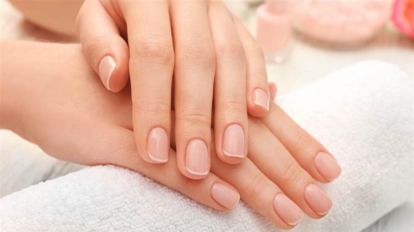 Five Natural Remedies For Strong And Shiny Nails