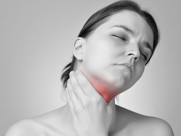 6 Brilliant Home Remedies for a Throat Infection