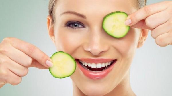 7 Home Remedies for Eye bag Treatment