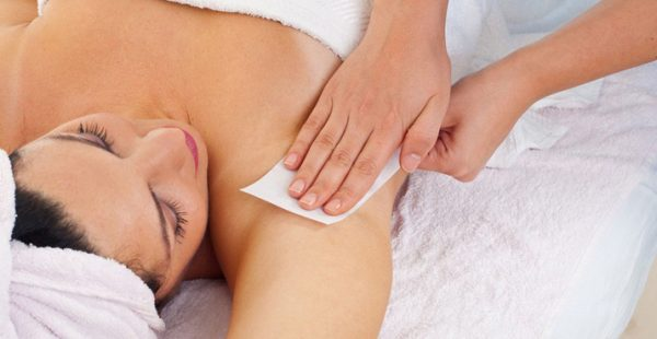 6 Homemade Remedies To Lighten Dark Armpits