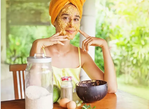 Want to get rid of summer skin issues? Try these natural remedies for relief